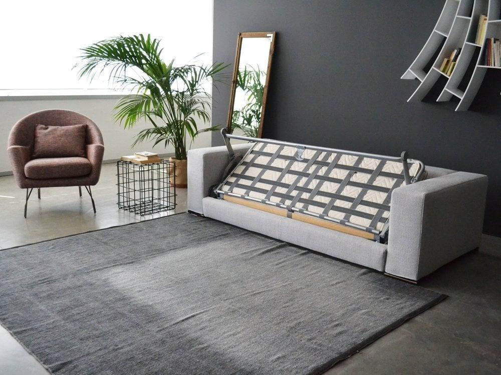 Foto Divano Letto.Ananta Class Sofa Bed Saba Italia